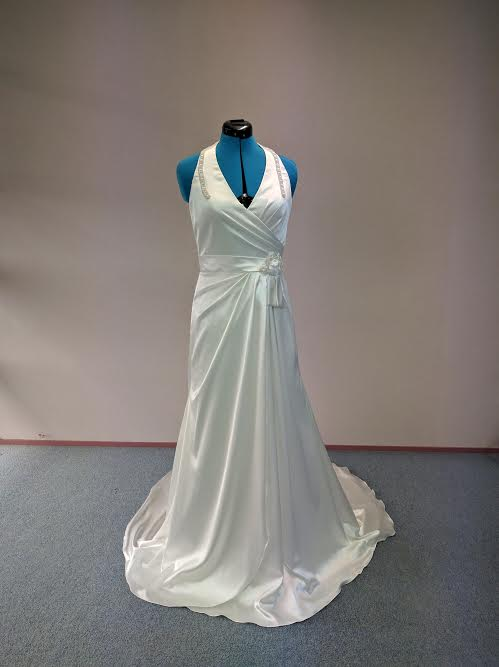 Wedding Dress Hire Marilyn S Bridal Affordable Wedding Dresses