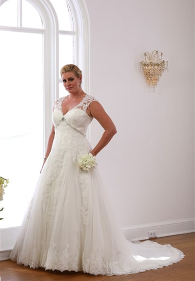 VW8700-Plus Size Princess Wedding-Dress