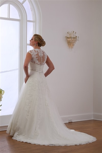VW8700 Princess Lace A-line wedding gown Back