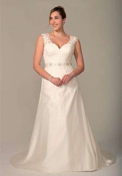 VW8750-Wedding-Dress Plus Size