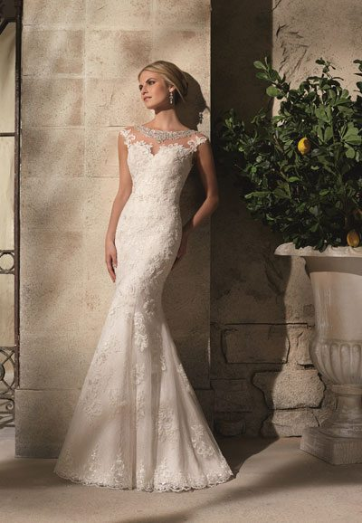 2702-Lace-Wedding-Dress Auckland