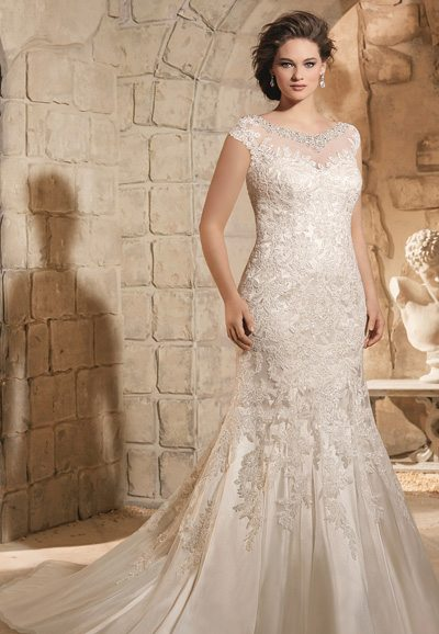 3188 Beaded Lace Wedding Gown Auckland