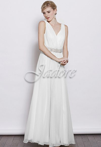 J3040L Flowing Chiffon Wedding Dress