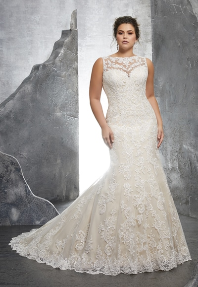 3233 Plus Size Lace Wedding Dress