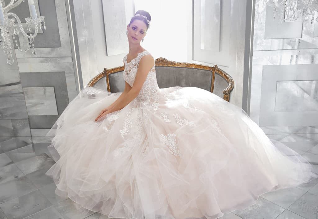 5573-Fairytale Ballgown with Full Tulle Skirt