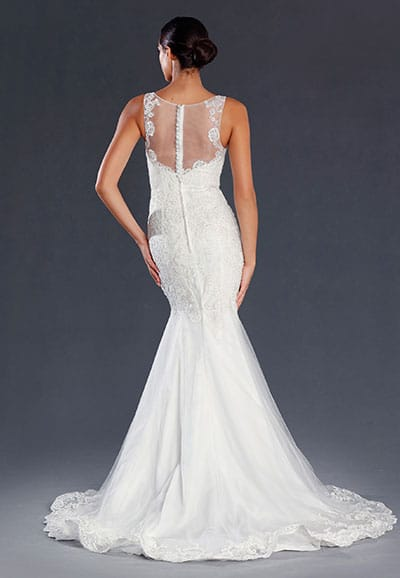 JX080-Back-Lace gown with a sheer back