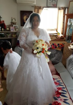 Long sleeve lace wedding gown for Seinibrae