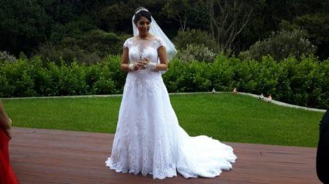 Lace bridal gown testimonial