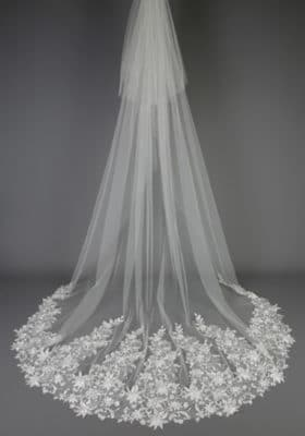 Bridal Veil with Soft Vine Lace 280x400 - Bridal Accessories