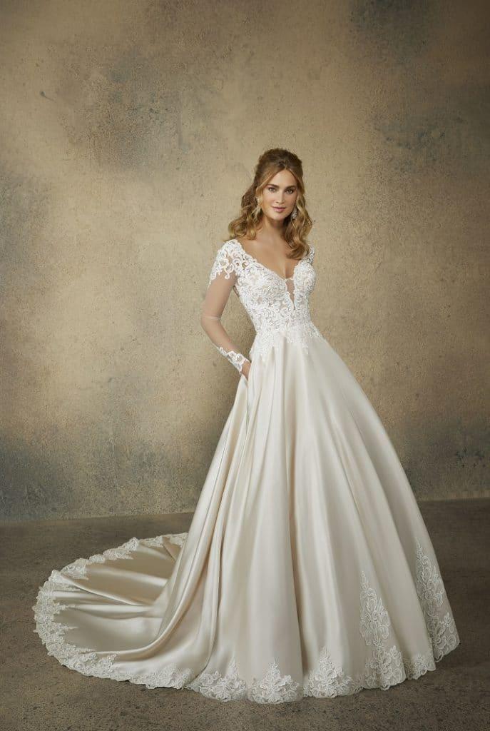 Reina Wedding Dress 2082-front