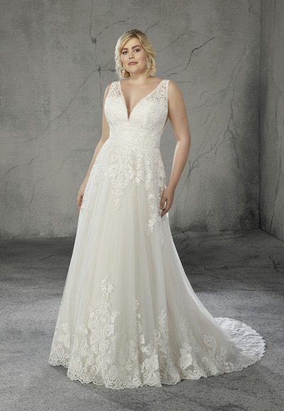 Rosario-Plus-Size-Wedding-Dress-3262-thumbnail