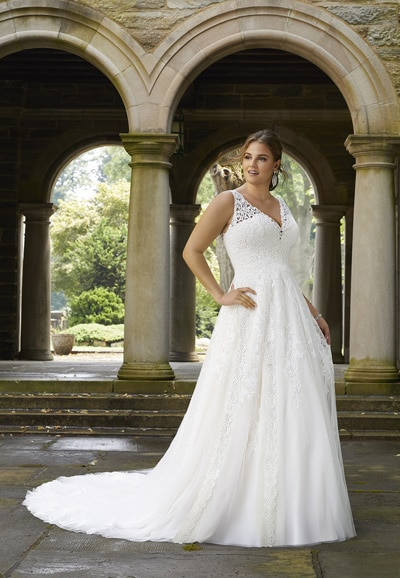 Siobhan Plus Size Wedding Dress 3283 - Thumbnail