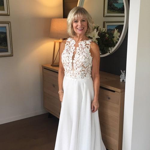 Christine-wedding-dress-testimonial-thumbnail