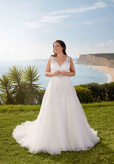Lace-wedding-dress-ME-21315-feature